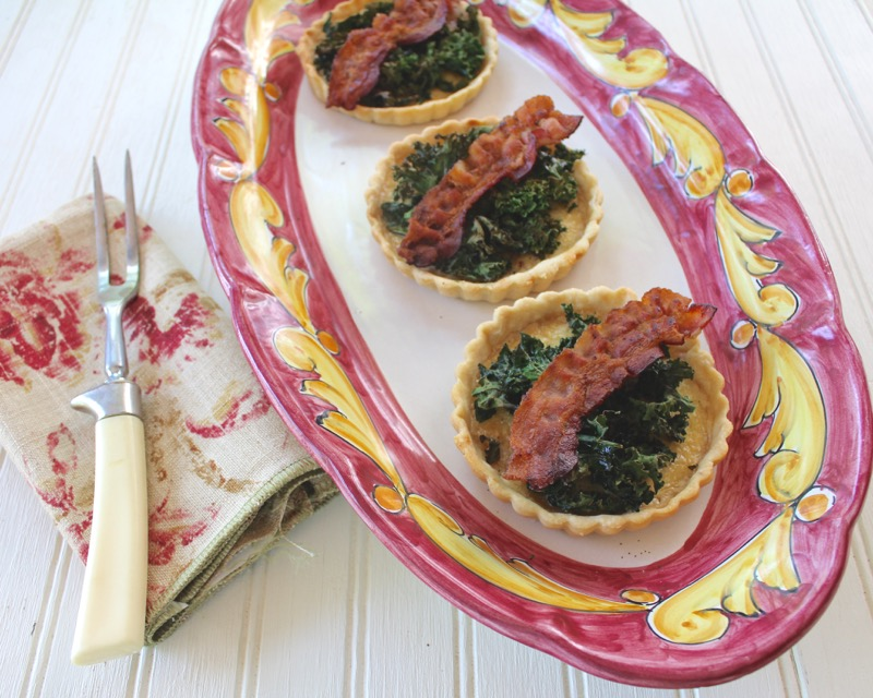 Crispy Kale Garlic Cream Tartletts